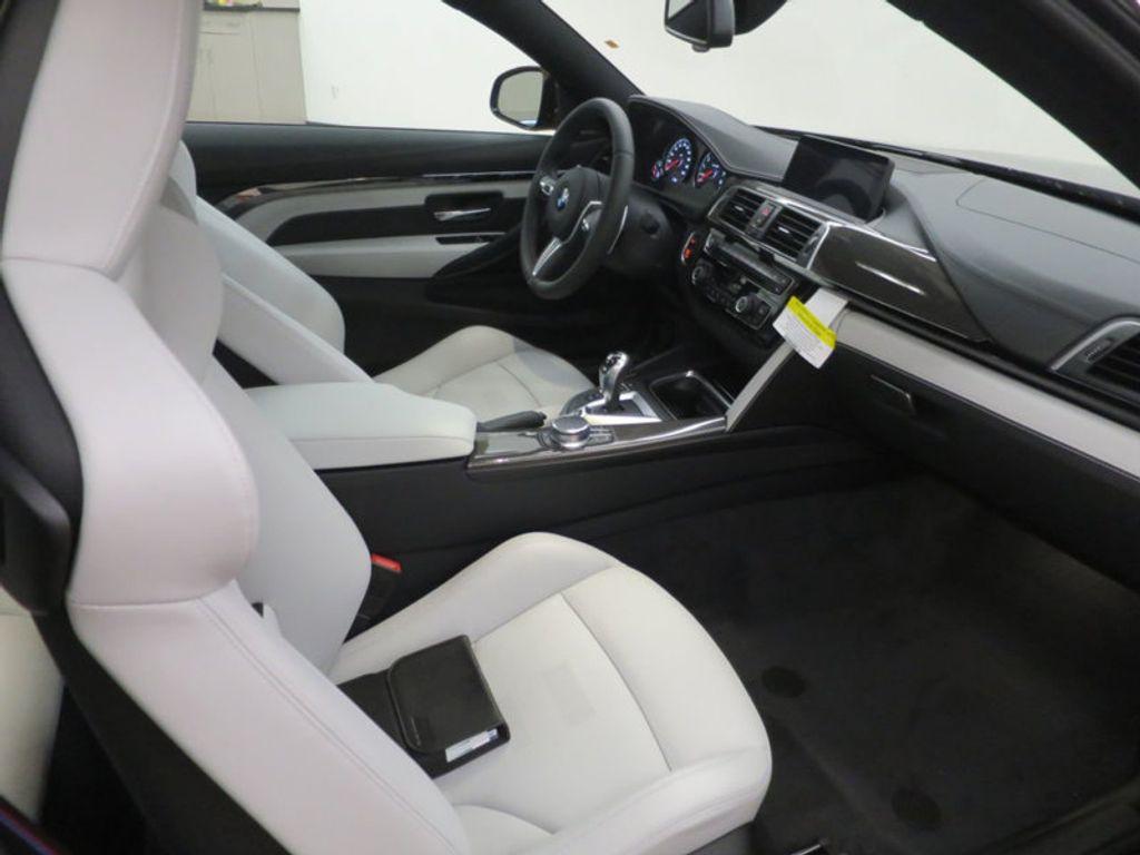 2018 BMW M4 18 BMW M4 CPE 2DR CPE - 16355413 - 32