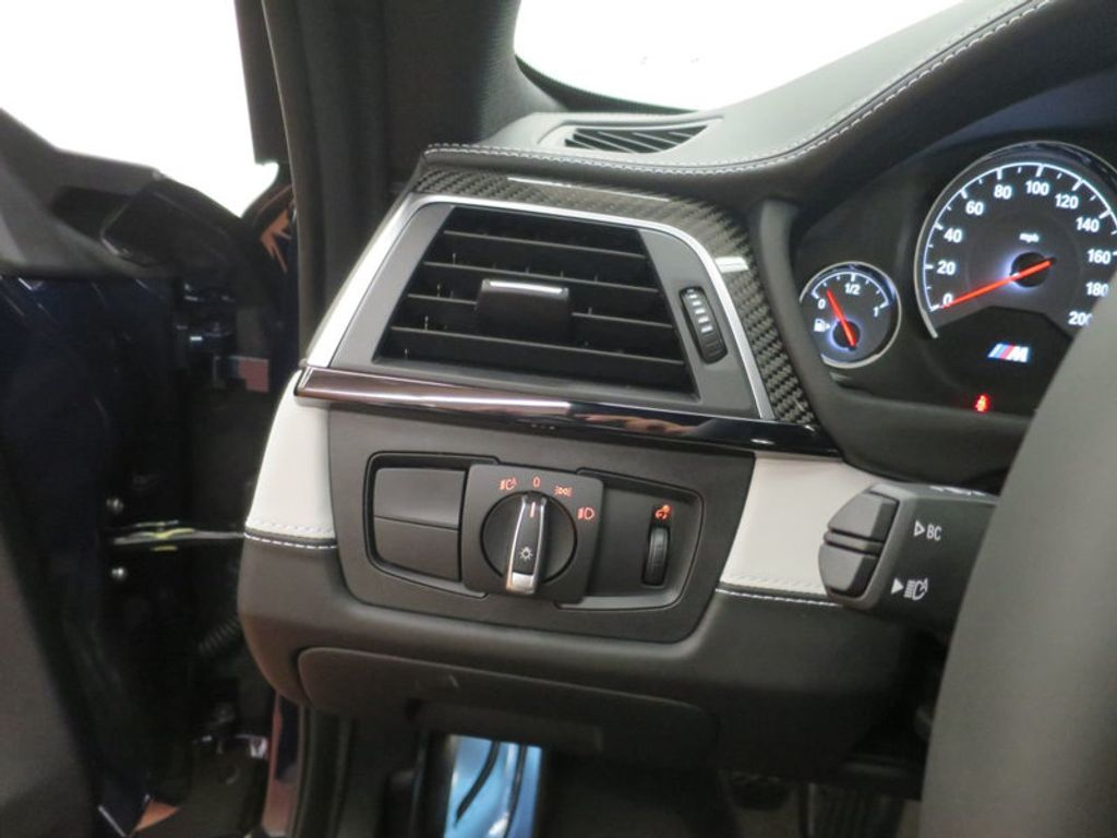 2018 BMW M4 18 BMW M4 CPE 2DR CPE - 16355413 - 36