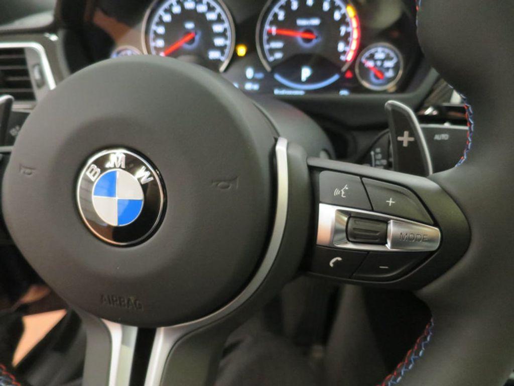 2018 BMW M4 18 BMW M4 CPE 2DR CPE - 16355413 - 39