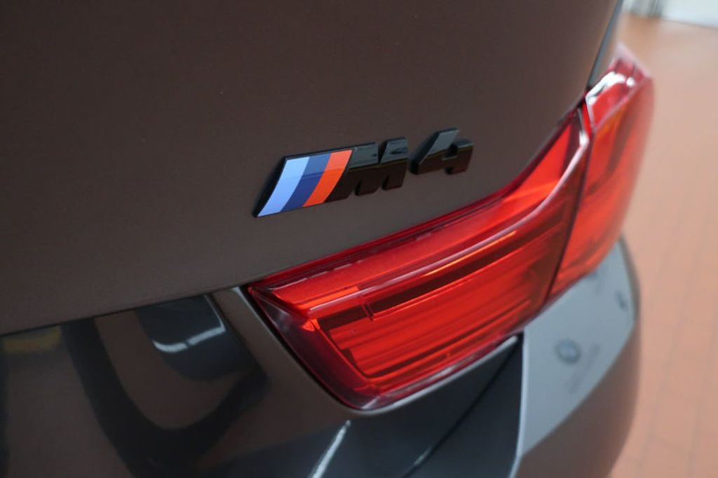 2018 BMW M4 CPE 2DR CPE - 17142493 - 4