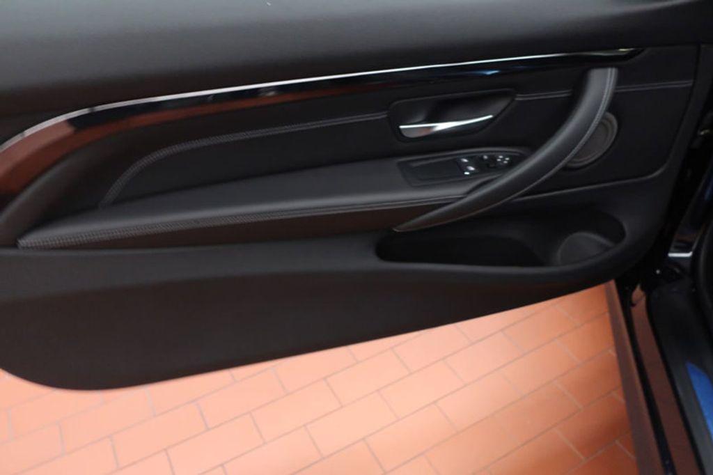 2018 BMW M4 CPE 2DR CPE - 17251245 - 10