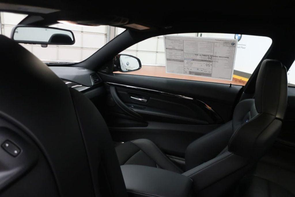 2018 BMW M4 CPE 2DR CPE - 17251245 - 24
