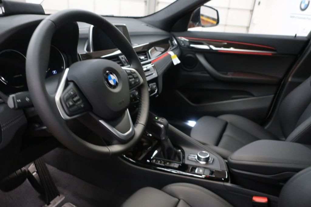 2018 BMW N/A sDrive28i Sports Activity Vehicle - 17511769 - 13