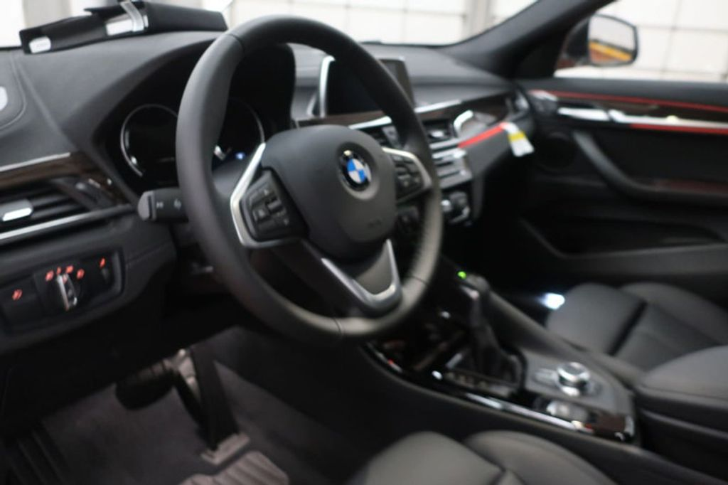 2018 BMW N/A sDrive28i Sports Activity Vehicle - 17511769 - 30