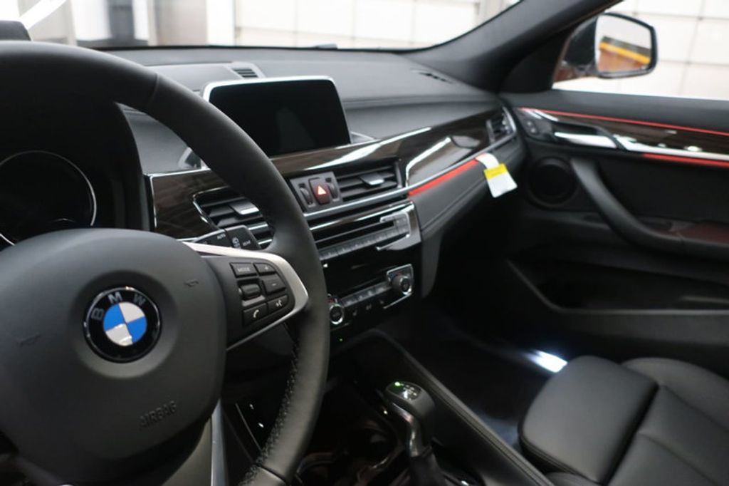 2018 BMW N/A sDrive28i Sports Activity Vehicle - 17511769 - 32