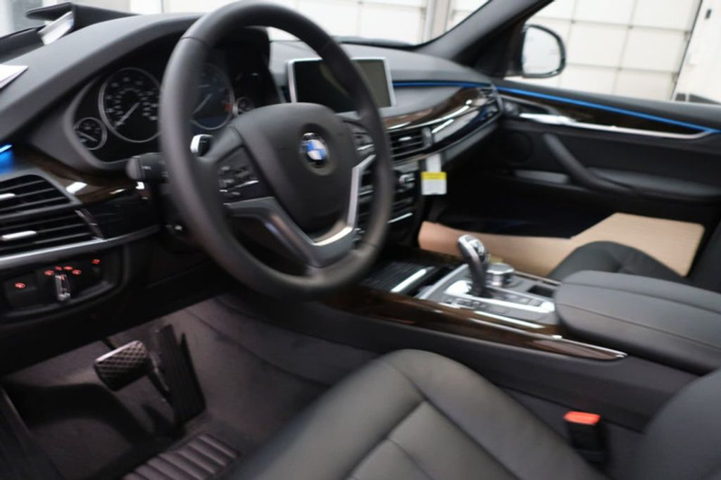 2018 BMW X5 sDrive35i Sports Activity Vehicle - 16862998 - 25