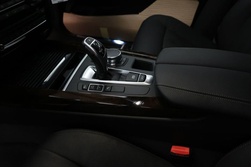 2018 BMW X5 sDrive35i Sports Activity Vehicle - 16862998 - 28