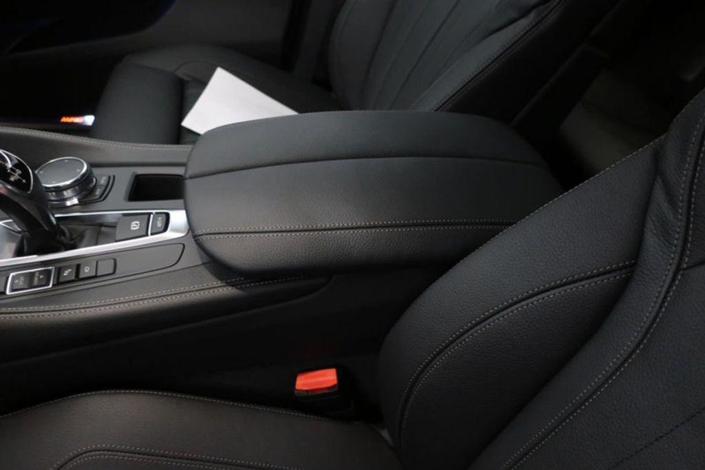 2018 BMW X6 sDrive35i Sports Activity - 17172117 - 35