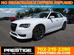 2018 Chrysler 300 - 2C3CCABT1JH120439
