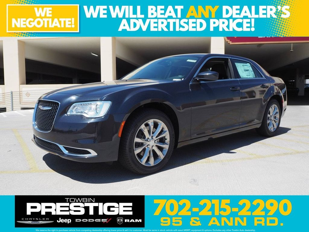 2018 Chrysler 300 Touring AWD - 17790983 - 0