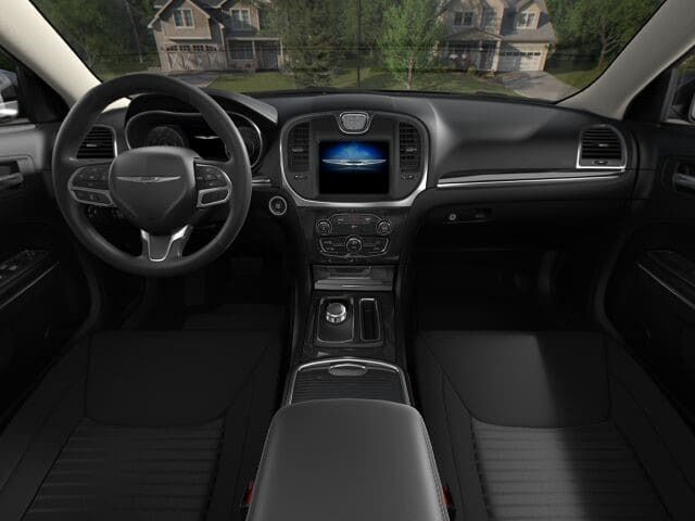 2018 Chrysler 300 Touring RWD - 17528146 - 2