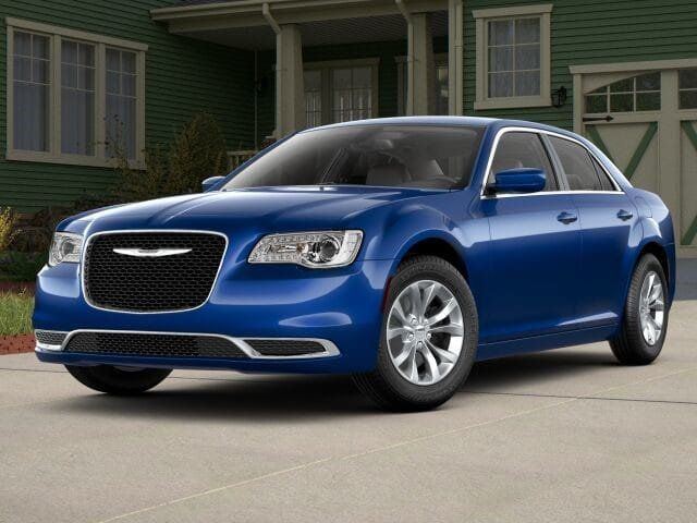 2018 Chrysler 300 Touring RWD - 17587215 - 0