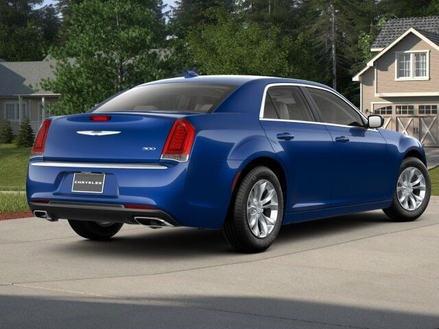 2018 Chrysler 300 Touring RWD - 17587215 - 1