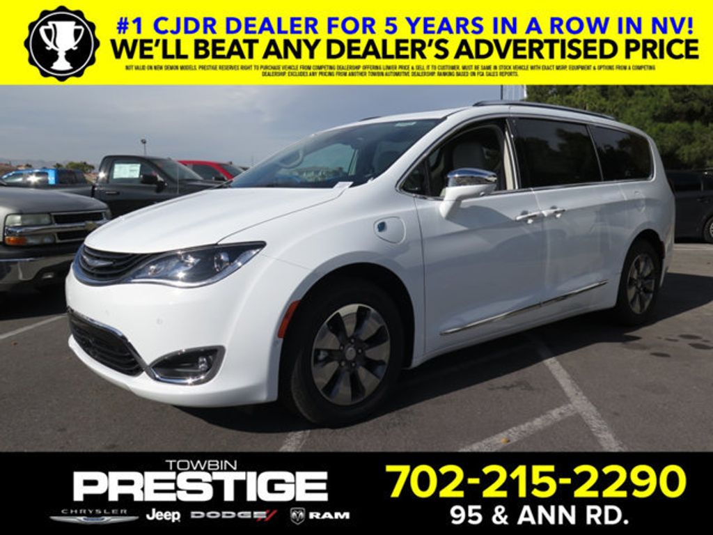 2018 Chrysler Pacifica Hybrid Limited FWD - 17126925 - 0