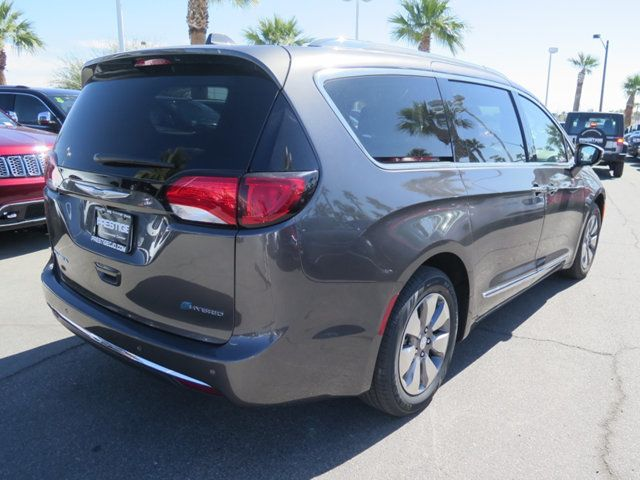 2018 Chrysler Pacifica Hybrid Limited FWD - 17313891 - 3