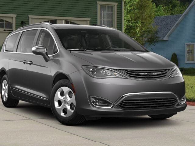2018 Chrysler Pacifica Hybrid Limited FWD - 17560034 - 0