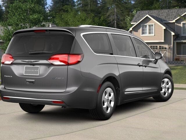 2018 Chrysler Pacifica Hybrid Limited FWD - 17560034 - 1