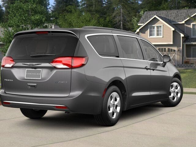 2018 Chrysler Pacifica Hybrid Touring L FWD - 17336021 - 1