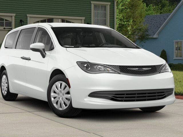 2018 Chrysler Pacifica L FWD - 17498402 - 0