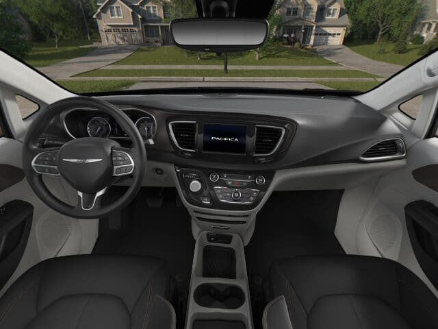 2018 Chrysler Pacifica L FWD - 17498402 - 2