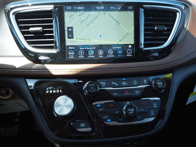 2018 Chrysler Pacifica Limited FWD - 17539230 - 16