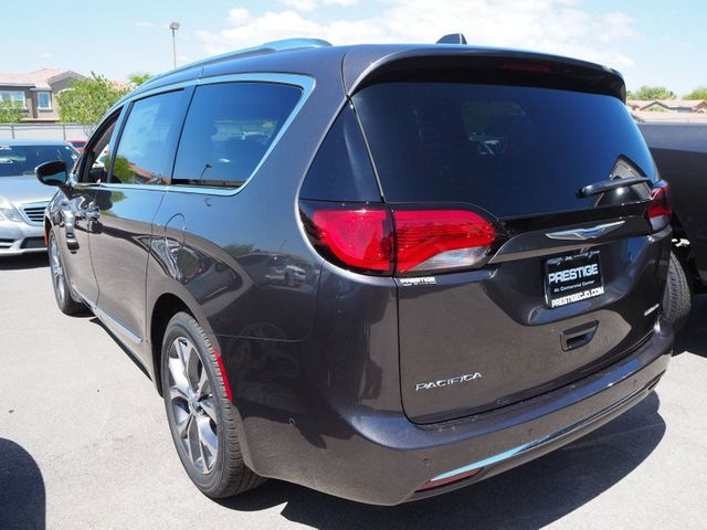 2018 Chrysler Pacifica Limited FWD - 17539230 - 3