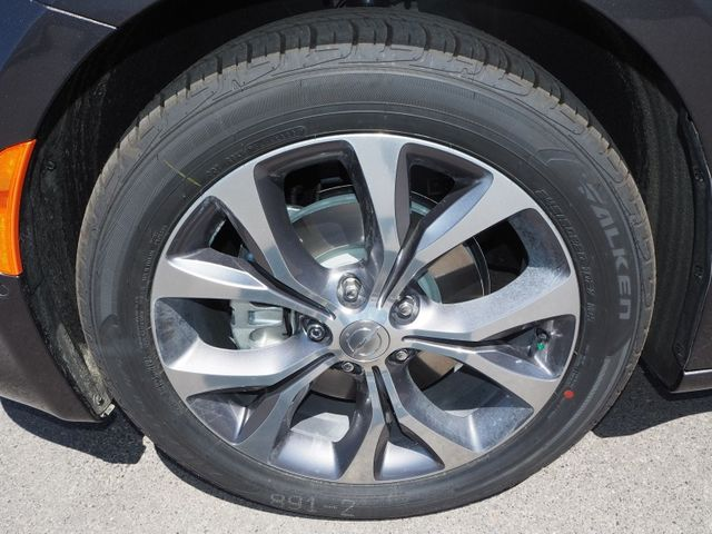 2018 Chrysler Pacifica Limited FWD - 17539230 - 5