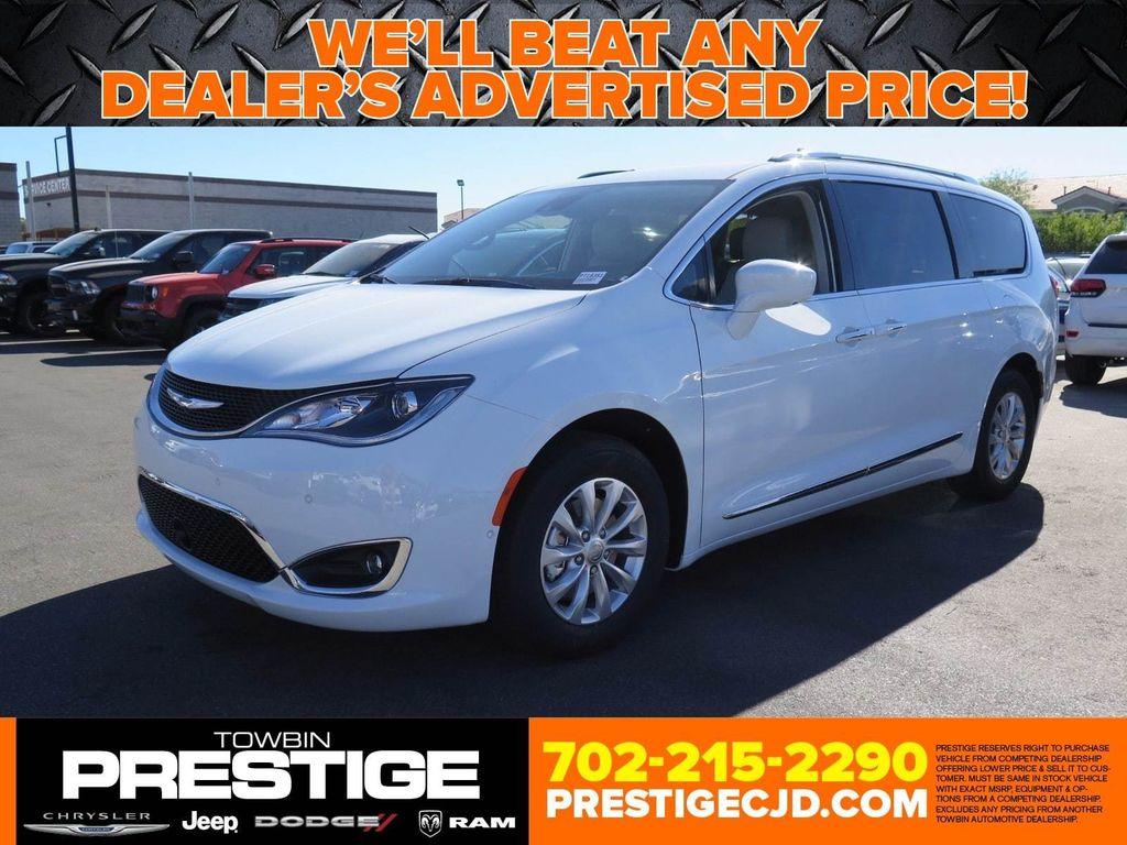 2018 Chrysler Pacifica Touring L FWD - 16878575 - 0