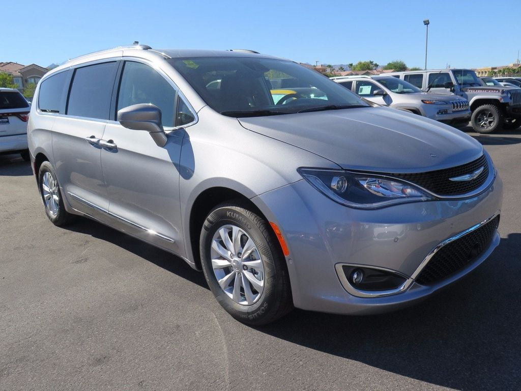 2018 Chrysler Pacifica Touring L Plus FWD - 16785593 - 2