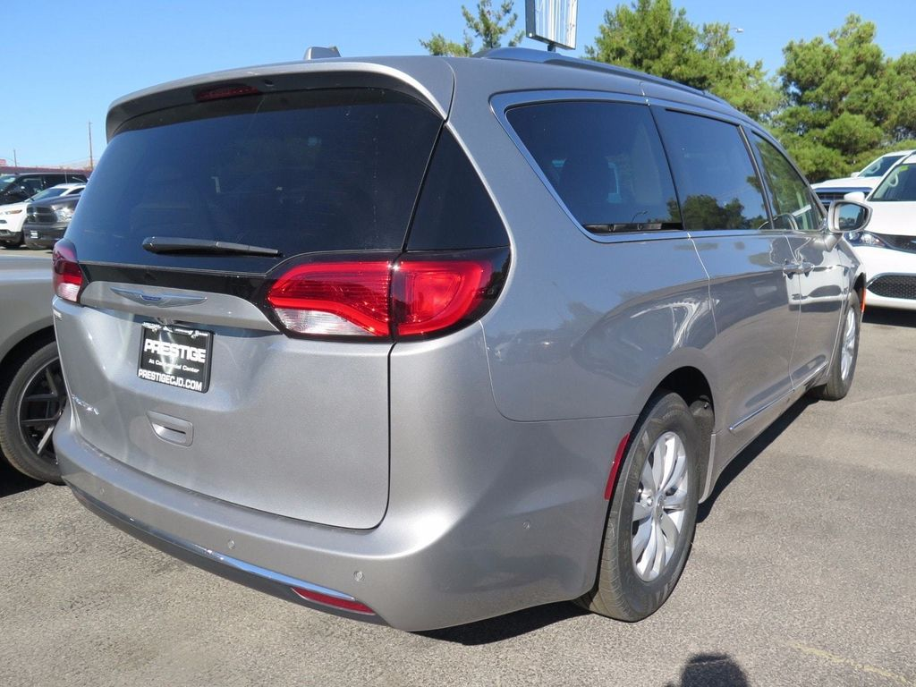 2018 Chrysler Pacifica Touring L Plus FWD - 16785593 - 3