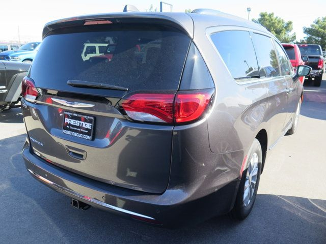 2018 Chrysler Pacifica Touring L Plus FWD - 17348962 - 3