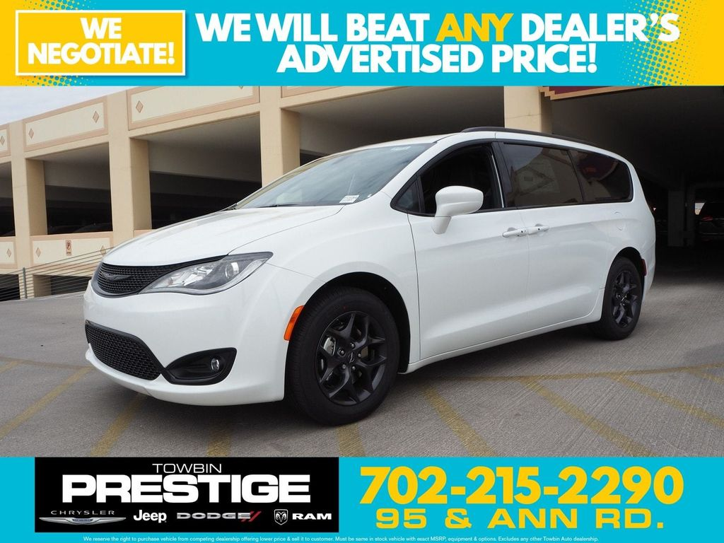 2018 Chrysler Pacifica Touring Plus FWD - 17731871 - 0