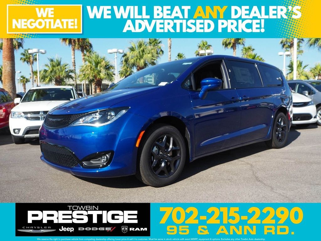 2018 Chrysler Pacifica Touring Plus FWD - 17761564 - 0
