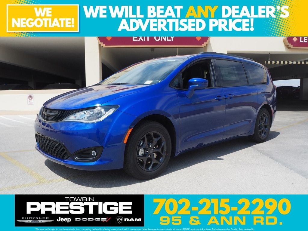 2018 Chrysler Pacifica Touring Plus FWD - 17775735 - 0