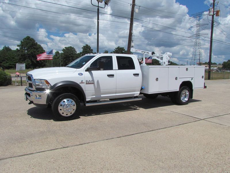 2018 Dodge Ram 5500 Mechanics Service Truck 4x4 - 17982462 - 0