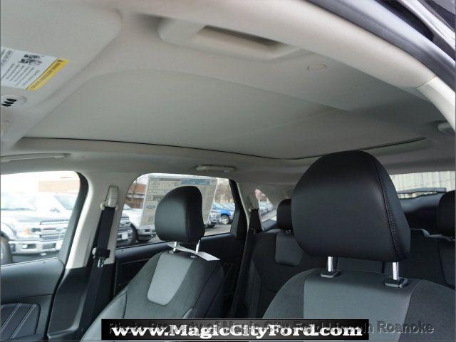 2018 Ford Edge Sport - 17436528 - 13