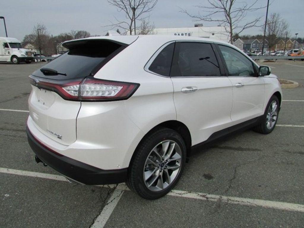 2018 Ford Edge Titanium AWD - 17353938 - 11