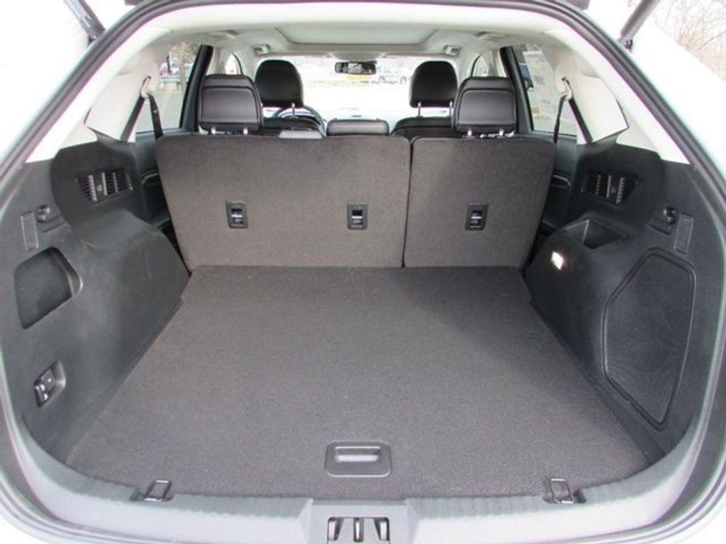 2018 Ford Edge Titanium AWD - 17353938 - 14