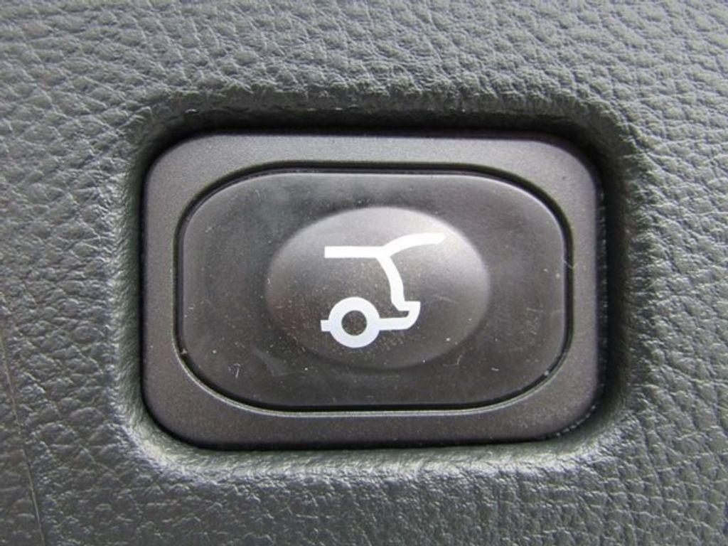 2018 Ford Edge Titanium AWD - 17353938 - 15