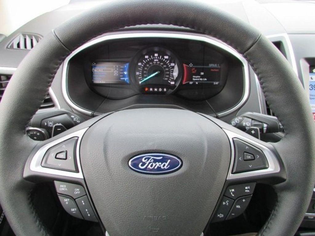 2018 Ford Edge Titanium AWD - 17353938 - 25