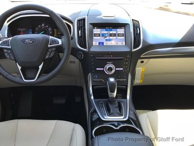 2018 Ford Edge Titanium FWD - Click to see full-size photo viewer