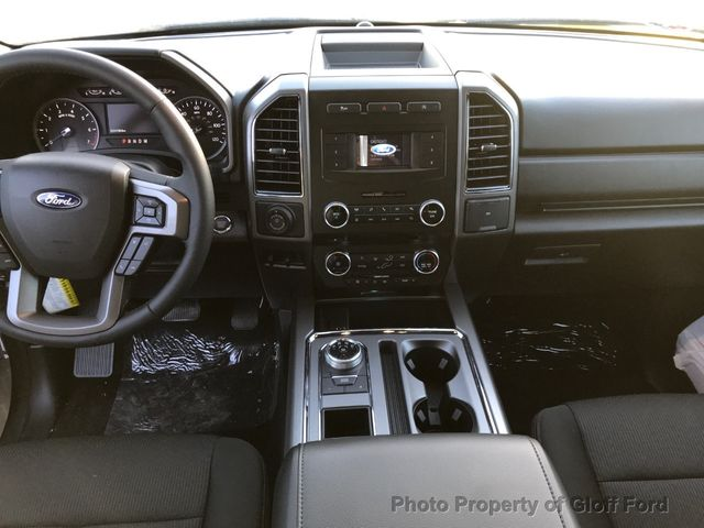 2018 Ford Expedition XLT 4x2 SUV - 1FMJU1HTXJEA17790 - 11