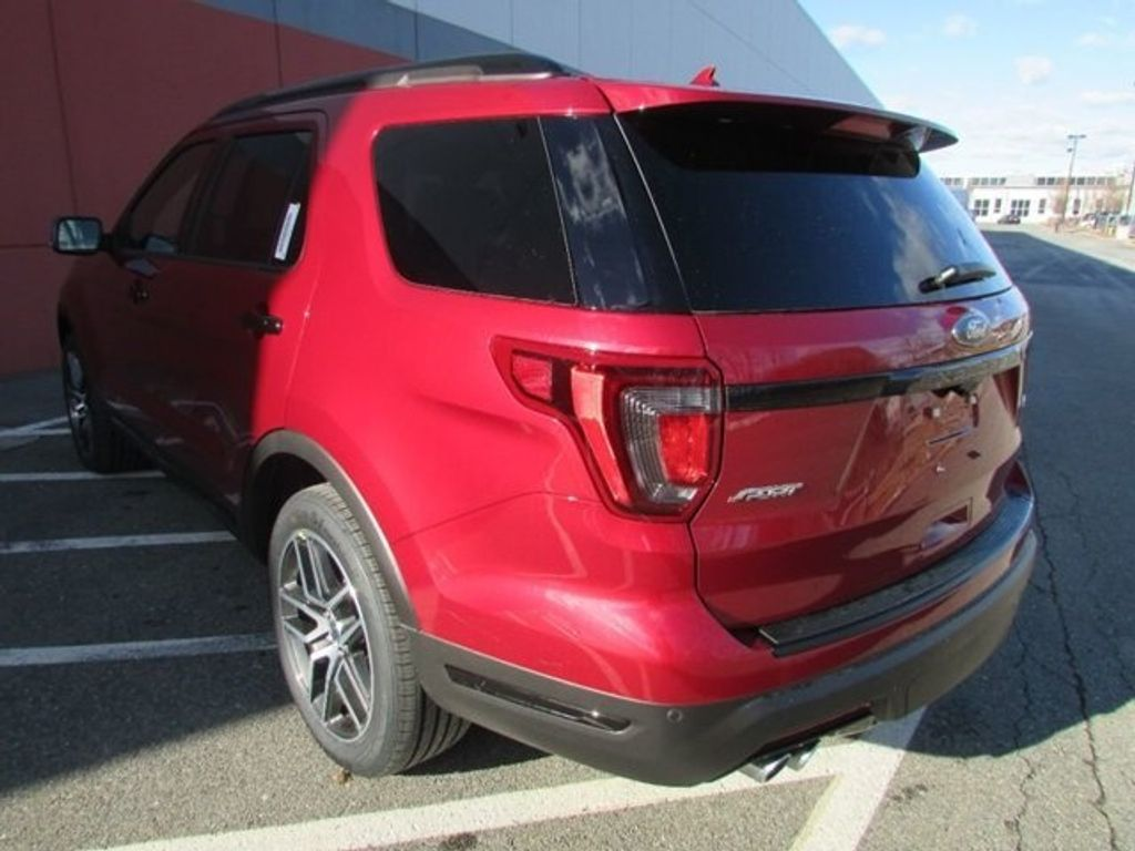 2018 Ford Explorer Sport 4WD - 17114652 - 9