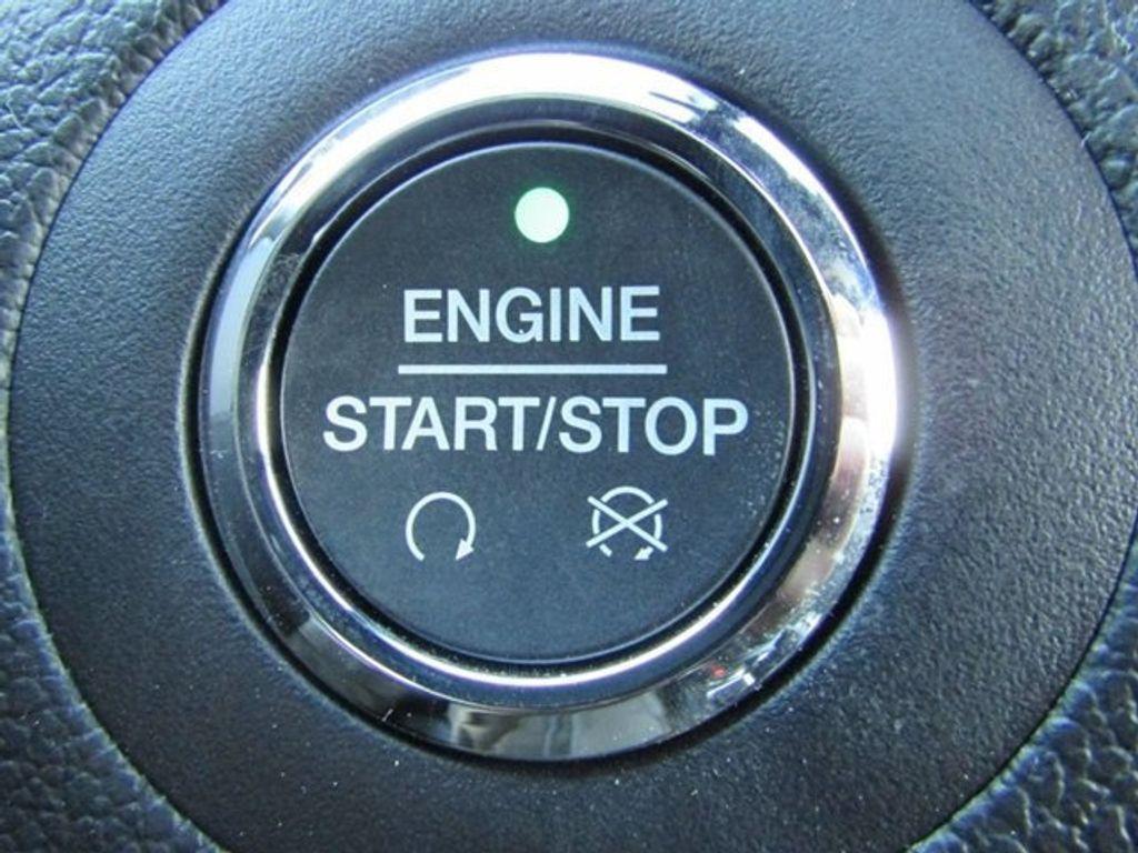 2018 Ford Explorer Sport 4WD - 17114652 - 38