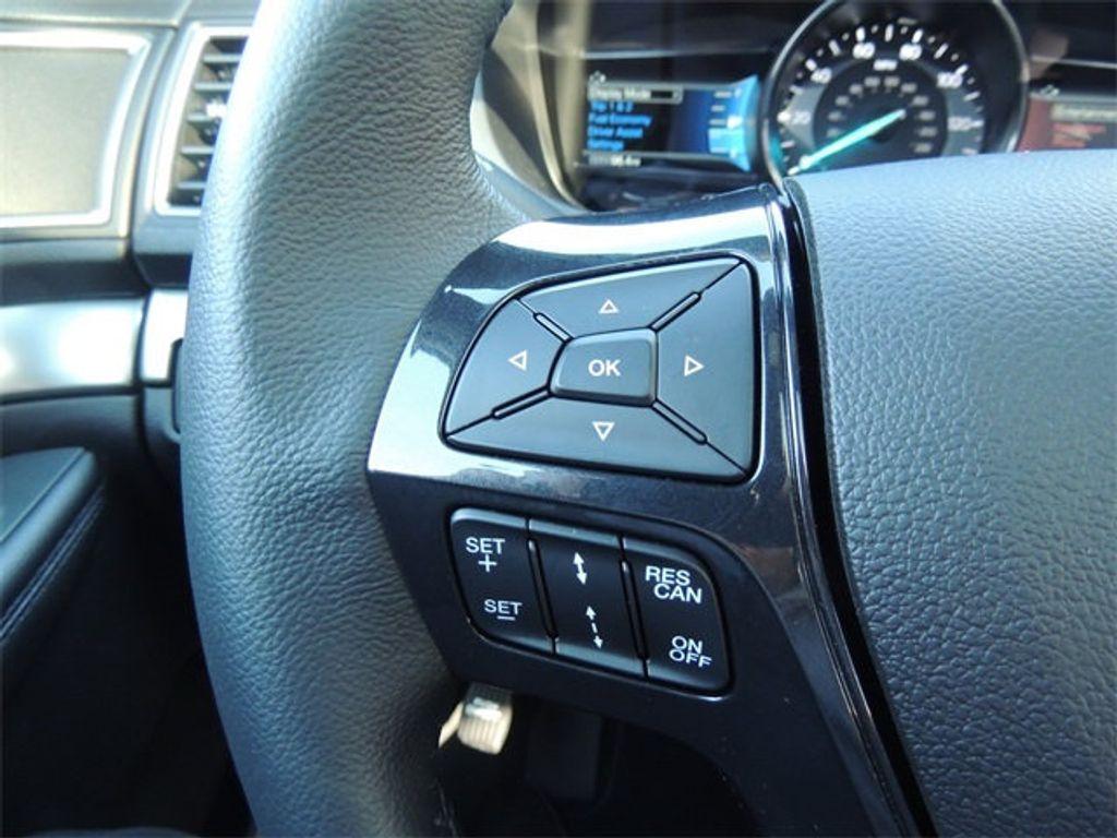 2018 Ford Explorer XLT 4WD - 17315122 - 30