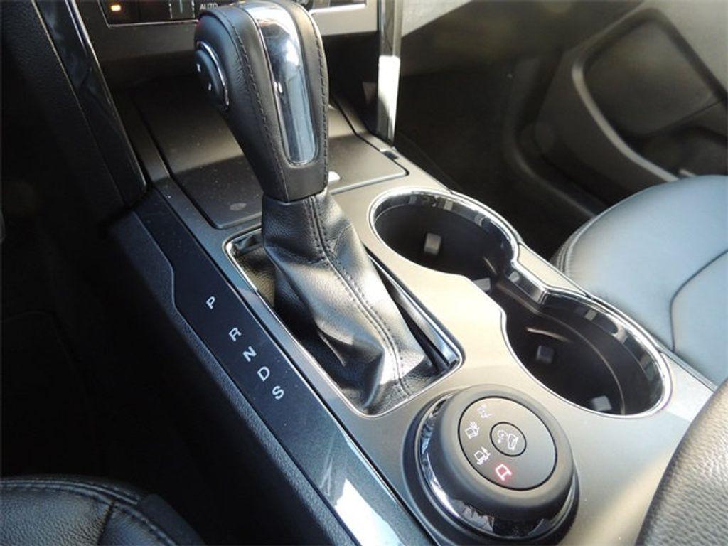 2018 Ford Explorer XLT 4WD - 17315122 - 39