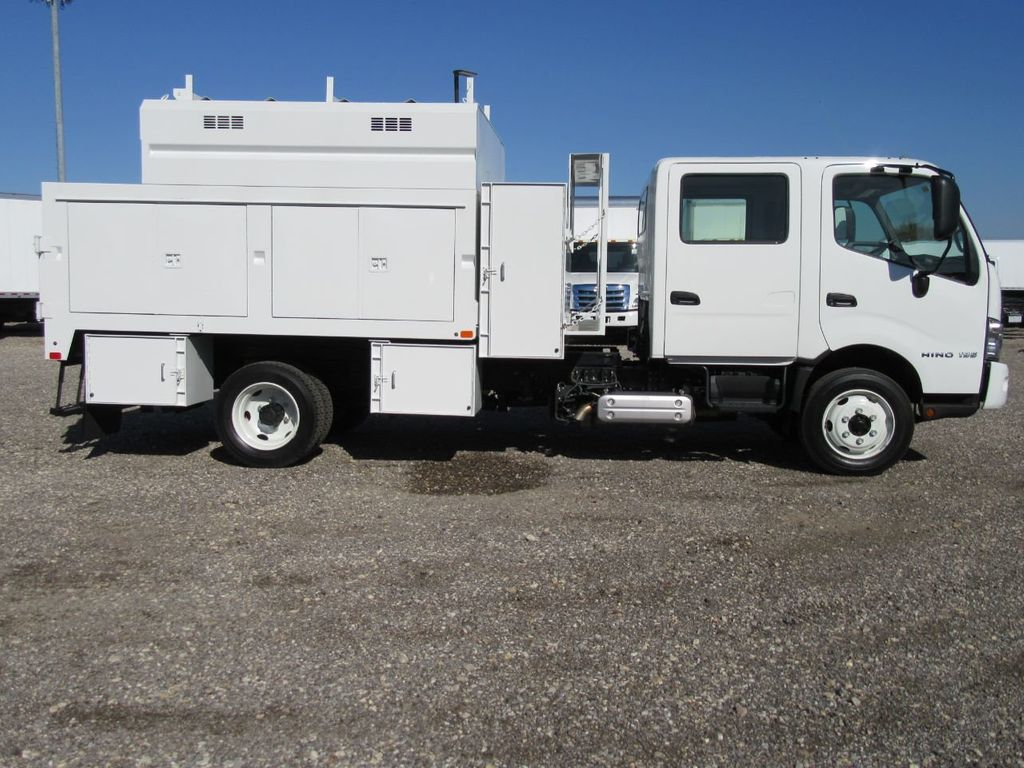 2018 HINO 195DC (10ft Chipper) - 17384048 - 2