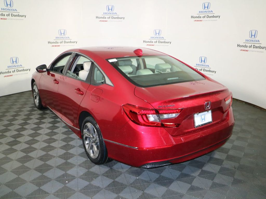 2018 Honda Accord Sedan EX CVT - 17269263 - 4