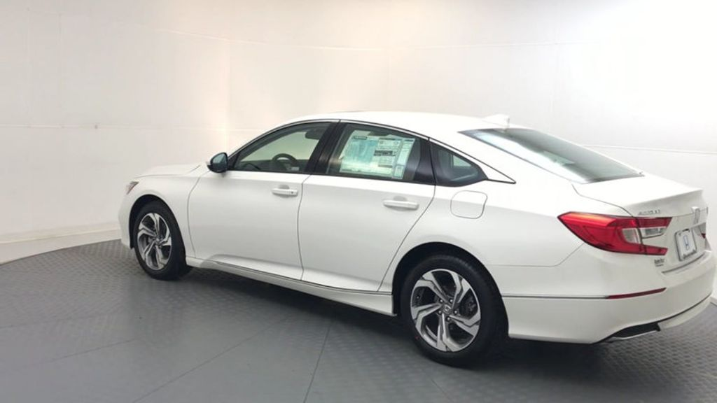 2018 Honda Accord Sedan EX CVT - 17394860 - 5