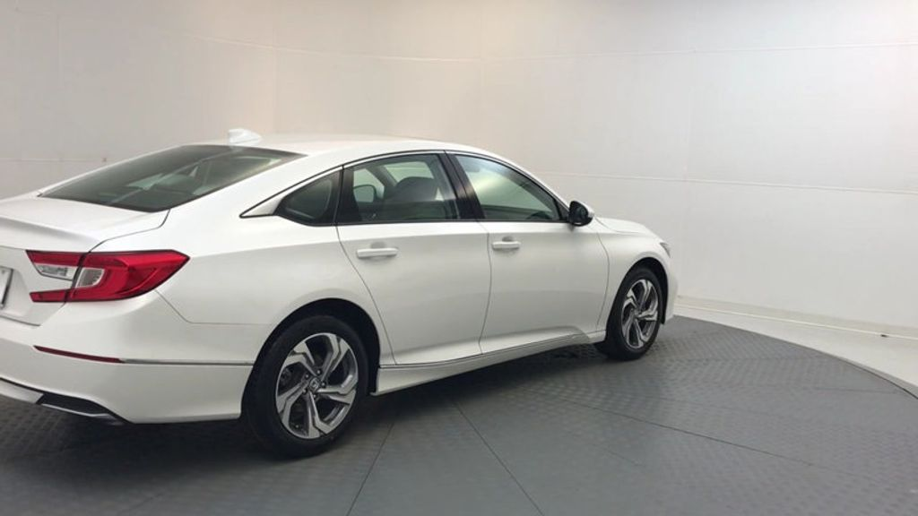 2018 Honda Accord Sedan EX CVT - 17394860 - 7